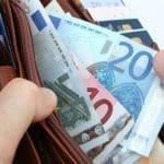 Bekommen Hartz-4-Empfänger ein Darlehen vom Jobcenter, ist eine Rückzahlung immer erforderlich.