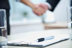 Empfänger von Hartz 4 müssen den Untermietvertrag für die Wohnung beim Jobcenter vorlegen.