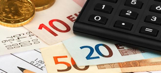 Hilfebedürftigkeit ist durch die Höhe von Einkommen und Vermögen definiert.