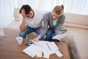Kürzung der ALG-II-Leistungen: Das BVerfG hat noch nicht über die Verfassungsmäßigkeit entscheiden.